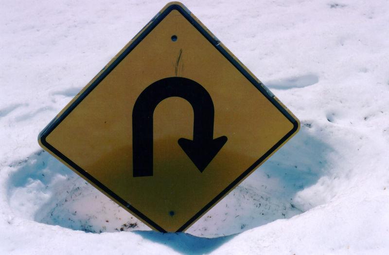 Signage-snow-uturn-727985-o